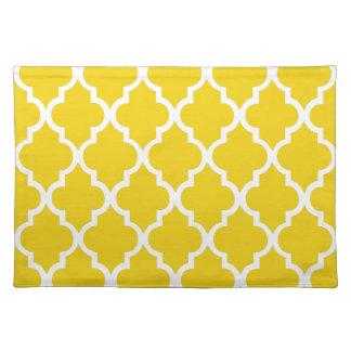 Lemon Yellow Quatrefoil Tiles Pattern Placemat
