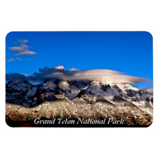 LENTICULAR CLOUDS OVER GRAND TETONS MOUNTAINS MAGNET