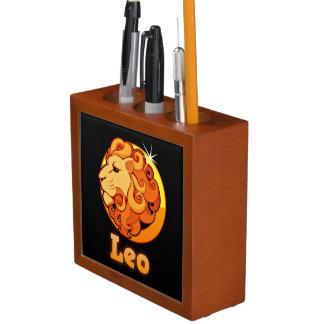Leo illustration desk organizer