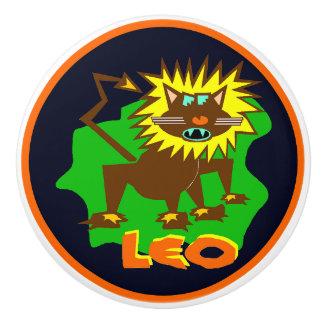 Leo, the Lion, Fun Graphics Crafty Knob