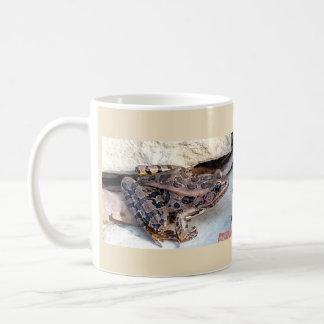 Leopard Frog Mug