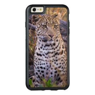 Leopard sitting, Botswana, Africa OtterBox iPhone 6/6s Plus Case