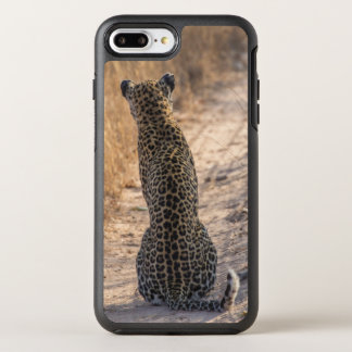 Leopard sitting in road, Africa OtterBox Symmetry iPhone 8 Plus/7 Plus Case