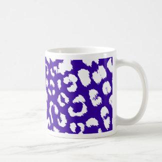 leopard snow mug