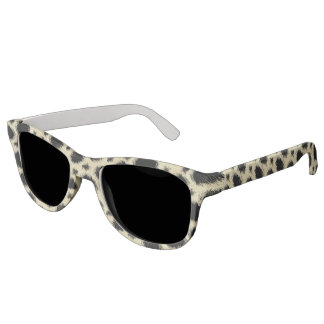 Leopard spots fur sunglasses