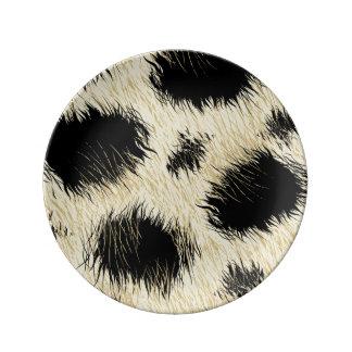 Leopard spots plate