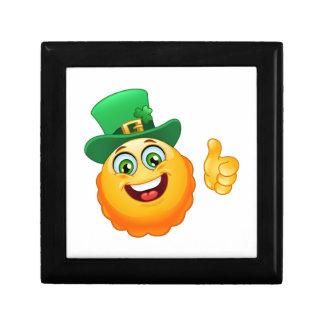 leprechaun emoji gift box