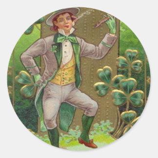 Leprechaun Shamrock Shillelagh Clay Pipe Classic Round Sticker