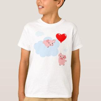 Les ailes du T-shirt d'enfants d'amour (porcs de