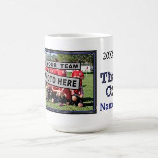 Les cadeaux uniques d'entraîneur du football ont mug