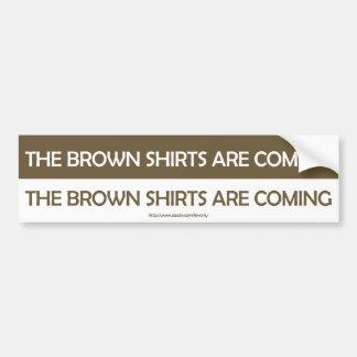 Les chemises brunes viennent autocollant de voiture