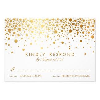 Les confettis de feuille d'or de Faux pointillent