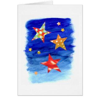 Les étoiles dans la carte lumineuse de ciel