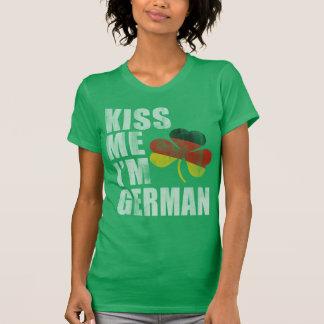 Les Irlandais m'embrassent que je suis le jour de T-shirt