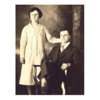 Les jumeaux en 1930 postcard