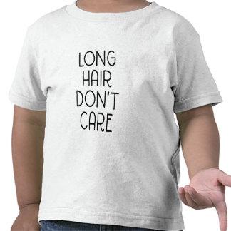 Les longs cheveux ne s'inquiètent pas le T-shirt