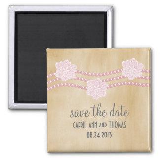 Les perles et les fleurs sauvent l'aimant de date,