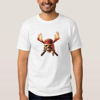 Les pirates du crâne des Caraïbes incendie le logo Tee-shirts
