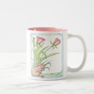 Les tulipes de souris de ressort tasses