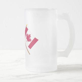 Les USA et drapeaux croisés par Canada Tasse À Café