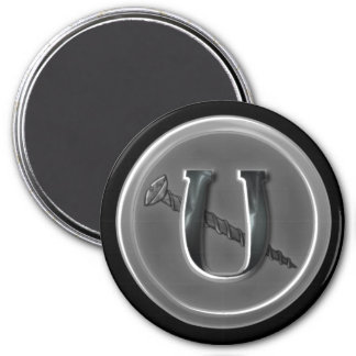 Letter U and a Screw 11 3 Inch Round Magnet