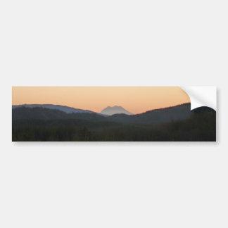 Lever de soleil du mont Rainier Autocollant De Voiture