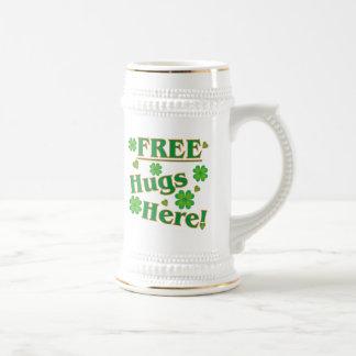 Libérez les étreintes ici ! mug à café