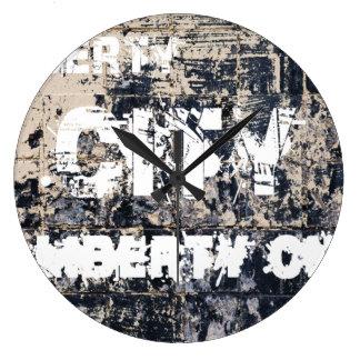 Liberty City Graffiti Clock