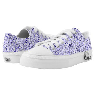LIGHT BLUE MUSIC NOTES Low-Top SNEAKERS