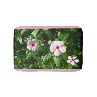 LIGHT PINK AND RED FLOWERS BATH MAT