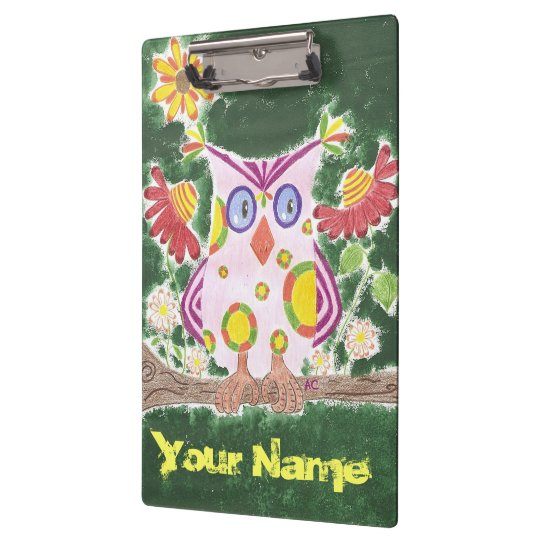 Light pink owl w/green background clipboard