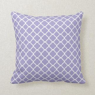Light Purple Quatrefoil Pattern Throw Pillow