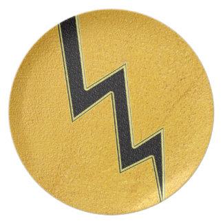 Lightning bolt plate