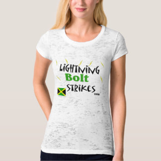 lightning bolt strikes - T-Shirt