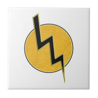 Lightning bolt tile