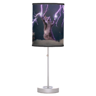 Lightning cat--kitty-pet-feline-pet cat -kittens table lamp