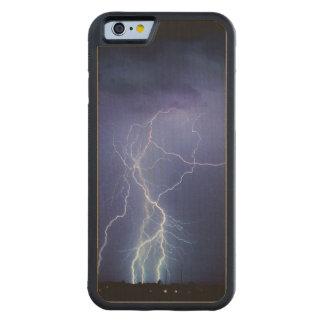 Lightning Strike 3 Carved® Maple iPhone 6 Bumper