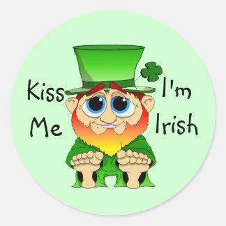 Lil Blarney  Kiss Me I'm Irish Classic Round Sticker