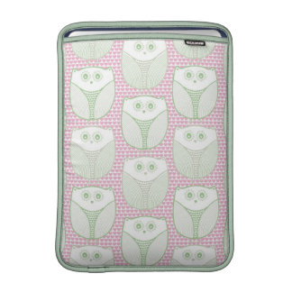 """""""Lil Heart Owl"""" MacBook Air Sleeves"""