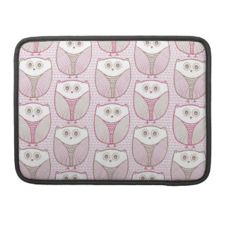 """Lil Heart Owl"" Sleeves For MacBook Pro"