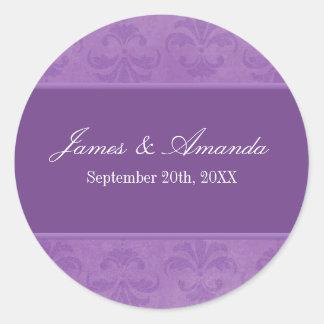 Lilac Damask Classic Round Sticker