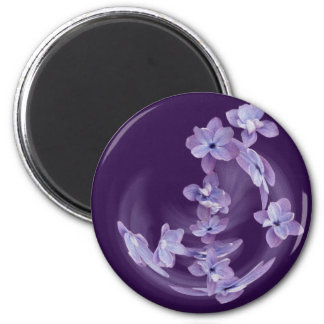 Lilac in circle magnet