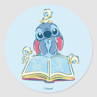 Lilo & Stitch | Reading the Ugly Duckling Classic Round Sticker