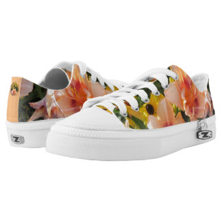 Lily Garden Low-Top Sneakers