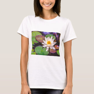 Lily pad on the water T-Shirt