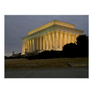 Lincoln Memorial At Dusk Poster