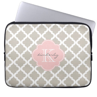 Linen and Soft Pink Moroccan Quatrefoil Print Laptop Sleeve