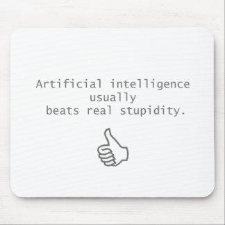 l'intelligence artificielle bat la vraie stupidité tapis de souris