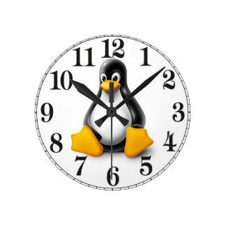 Linux Tux the Penguin Round Clock