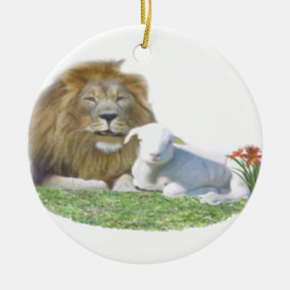 Lion and the Lamb christian art Round Ceramic Ornament